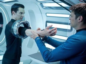 benedict-cumberbatch-star-trek-into-darkness-3