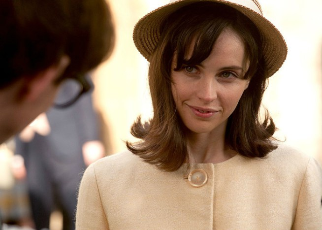 felicity-jones-theory-of-everything-700